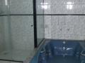 banheiro com hidro hotel sf