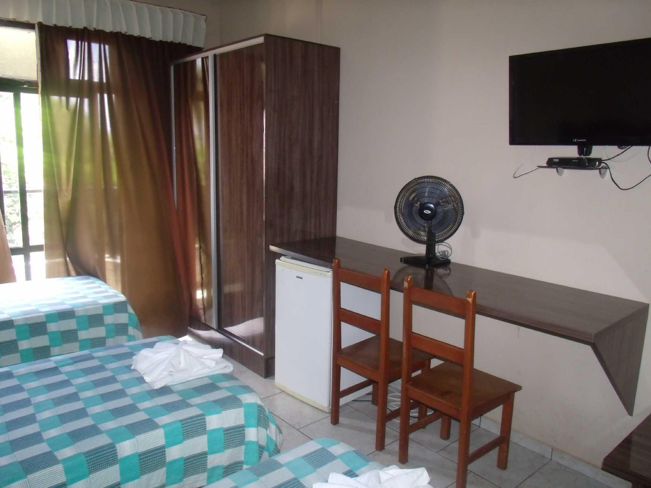 quarto 4 camas solteiro